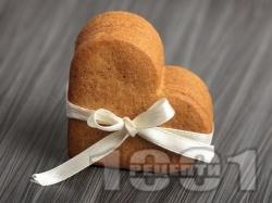 Лесни домашни канелени сладки с орехи и масло - снимка на рецептата